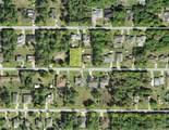 22504 Tennyson Avenue - Photo 2