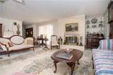 329 Oakwood Circle - Photo 4
