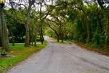 1777 Tangled Oaks Court - Photo 43