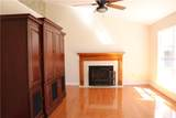 7604 Waunaqua Drive - Photo 3