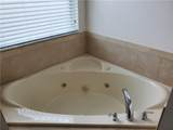 12729 Boggy Pointe Dr - Photo 36