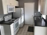 7425 Villas Oak Court - Photo 5