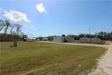 585 Suncoast Boulevard - Photo 3