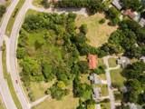 1101 Cypress Gardens Boulevard - Photo 3