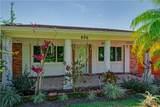 806 Lake Villa Way - Photo 2