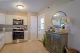 3018 Maplewood Avenue - Photo 6
