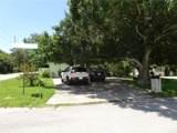 2902 Woodlawn Avenue - Photo 1