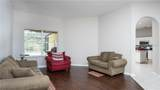 1521 Deerbourne Drive - Photo 7