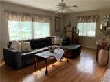 401 Driftwood Drive - Photo 3