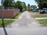 2105 Chestnut Street - Photo 4