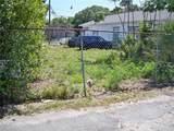 2105 Chestnut Street - Photo 6