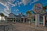 873 Harbor Is - Photo 17