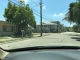 803 Garden Avenue - Photo 9