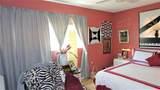 2606 Croton Avenue - Photo 32