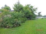 572 Parkdale Court - Photo 17