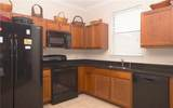 1403 Pacific Rd - Photo 4