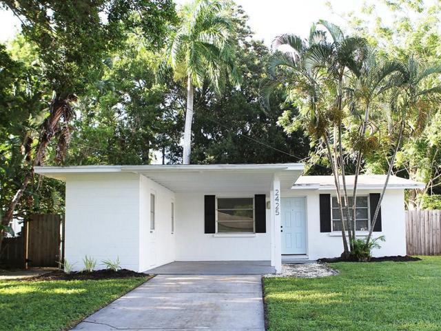 2425 Hawthorne Street, Sarasota, FL 34239 (MLS #A4194263) :: The Duncan Duo & Associates