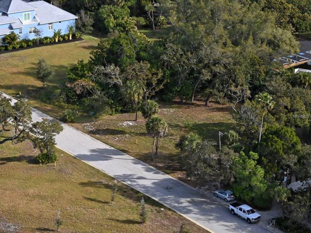 610 Neptune Avenue, Longboat Key, FL 34228 (MLS #A4196191) :: Medway Realty