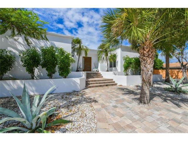 105 Seagull Lane, Sarasota, FL 34236 (MLS #A4197600) :: McConnell and Associates