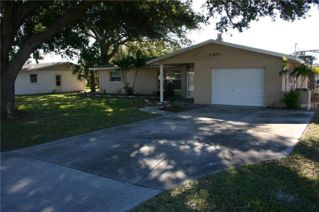 1303 Mango Avenue, Venice, FL 34285 (MLS #A4206223) :: Griffin Group