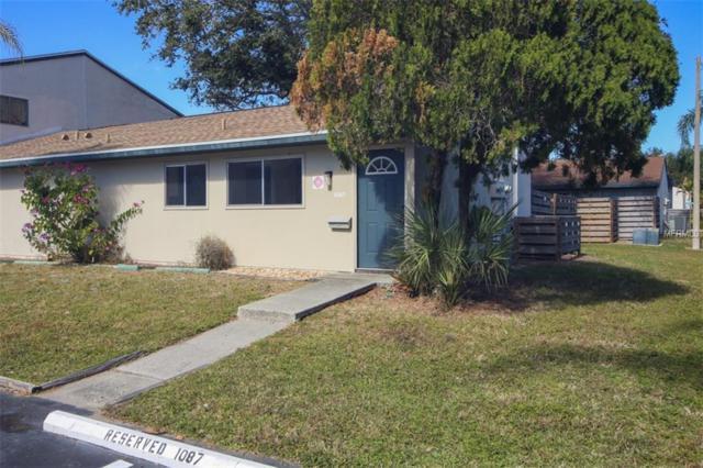 1087 Longfellow Circle, Sarasota, FL 34243 (MLS #A4208403) :: Medway Realty