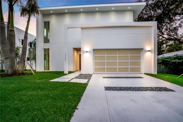1722 Shoreland Drive, Sarasota, FL 34239 (MLS #A4209987) :: The Duncan Duo Team