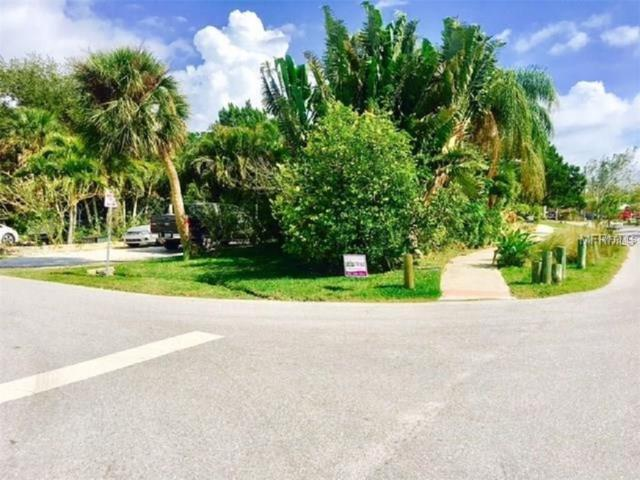 643 Calle Del Otono, Sarasota, FL 34242 (MLS #A4210490) :: Medway Realty