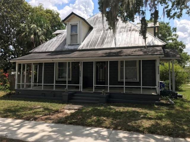 723 New York Avenue, Saint Cloud, FL 34769 (MLS #A4403052) :: The Duncan Duo Team
