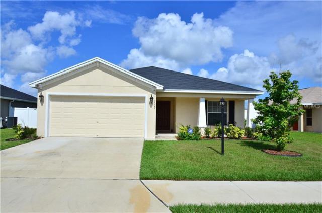 2305 13TH Avenue E, Palmetto, FL 34221 (MLS #A4406439) :: NewHomePrograms.com LLC