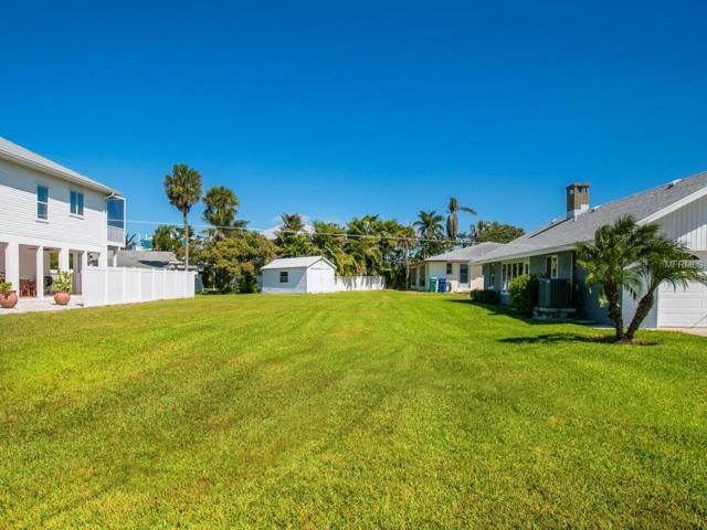 239 S Harbor Drive, Holmes Beach, FL 34217 (MLS #A4411735) :: Team Suzy Kolaz