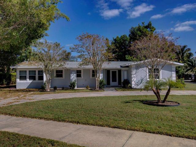 6349 Beechwood Avenue, Sarasota, FL 34231 (MLS #A4419014) :: KELLER WILLIAMS CLASSIC VI