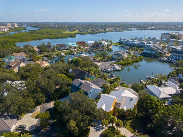 5823 Riegels Harbor Road, Sarasota, FL 34242 (MLS #A4419238) :: The Duncan Duo Team