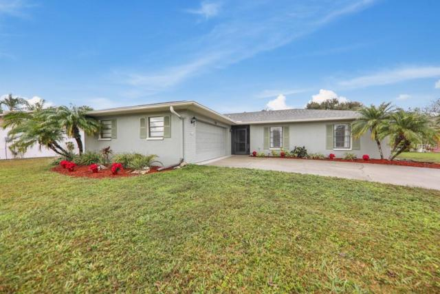 1735 Country Meadows Drive, Sarasota, FL 34235 (MLS #A4421188) :: Delgado Home Team at Keller Williams