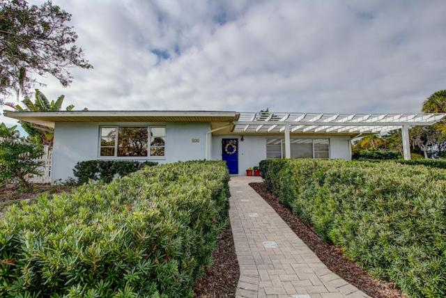 656 Hillcrest Drive, Bradenton, FL 34209 (MLS #A4423934) :: Zarghami Group