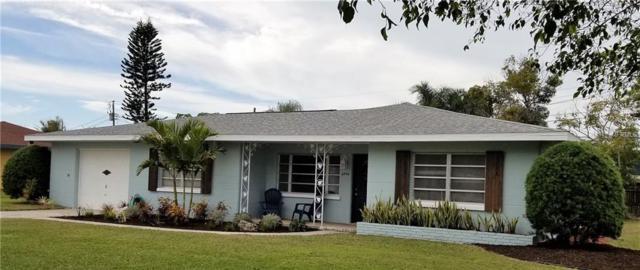 2904 Satsuma Drive, Sarasota, FL 34239 (MLS #A4424452) :: Medway Realty