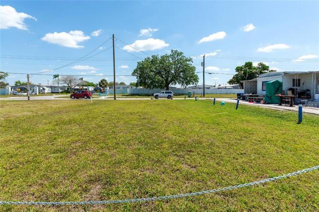 4929 5TH STREET Court W, Bradenton, FL 34207 (MLS #A4431819) :: The Duncan Duo Team
