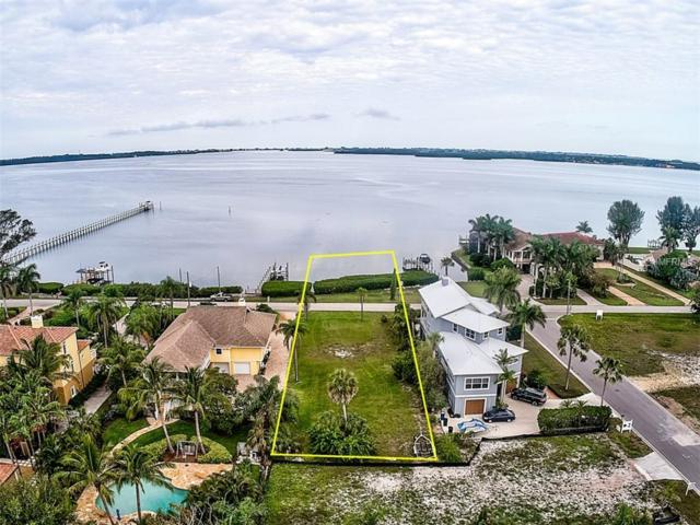 1707 Palma Sola Boulevard, Bradenton, FL 34209 (MLS #A4435621) :: Team Borham at Keller Williams Realty