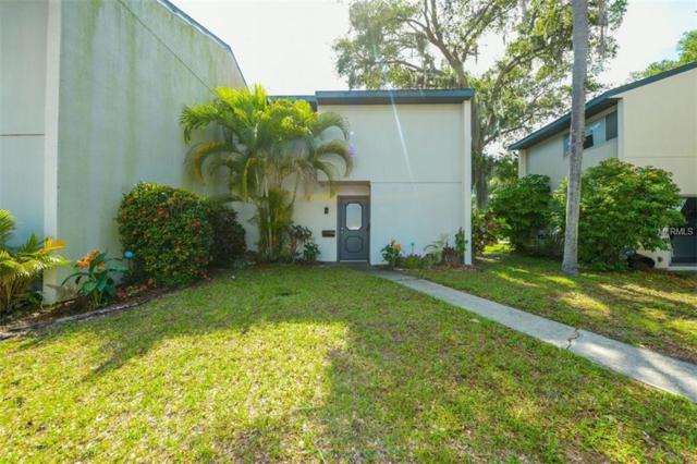 6822 Whitman Place, Sarasota, FL 34243 (MLS #A4435823) :: The Duncan Duo Team
