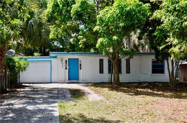2066 6TH Street, Sarasota, FL 34237 (MLS #A4435908) :: The Duncan Duo Team