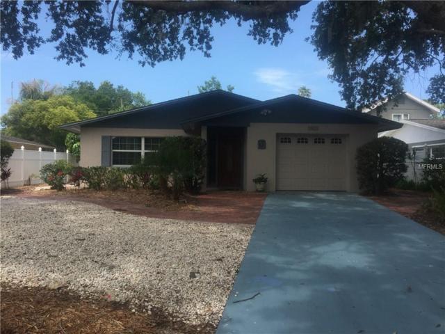 1024 Rhodes Avenue, Sarasota, FL 34237 (MLS #A4436050) :: The Duncan Duo Team