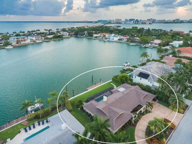 111 N Warbler Lane, Sarasota, FL 34236 (MLS #A4437561) :: The Edge Group at Keller Williams