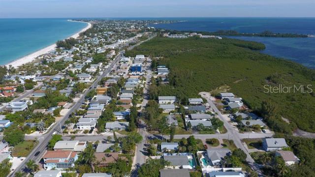 2901 Avenue C A & B, Holmes Beach, FL 34217 (MLS #A4438536) :: The Duncan Duo Team