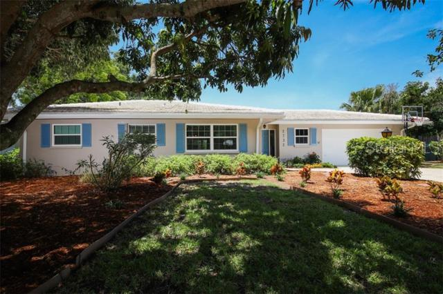2732 Valencia Drive, Sarasota, FL 34239 (MLS #A4438777) :: Griffin Group