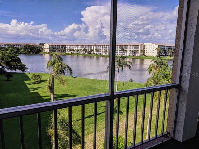 3941 Lake Bayshore Drive F-403, Bradenton, FL 34205 (MLS #A4441706) :: EXIT King Realty