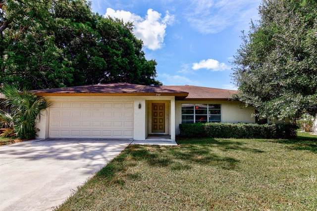 744 45TH Street, Sarasota, FL 34234 (MLS #A4442482) :: The Duncan Duo Team