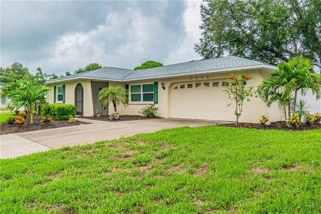 2212 41ST ST W, Bradenton, FL 34205 (MLS #A4443628) :: Florida Real Estate Sellers at Keller Williams Realty