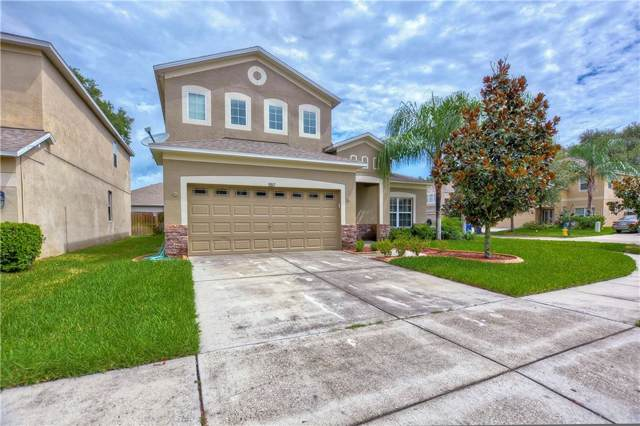 5917 Lilac Lake Drive, Riverview, FL 33578 (MLS #A4444142) :: The Figueroa Team