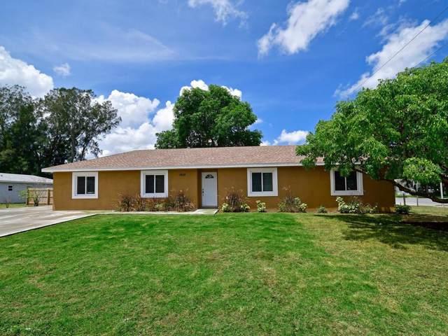 1612 1ST Avenue E, Palmetto, FL 34221 (MLS #A4444332) :: Sarasota Home Specialists