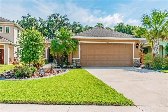5814 Oak Mill Terrace, Palmetto, FL 34221 (MLS #A4444593) :: Godwin Realty Group