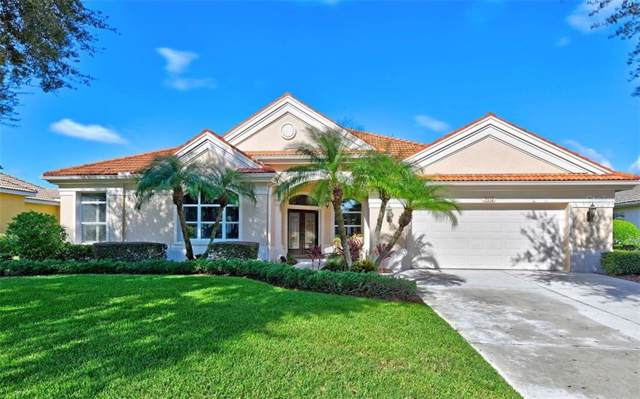 7512 Coventry Court, Lakewood Ranch, FL 34202 (MLS #A4446118) :: Alpha Equity Team